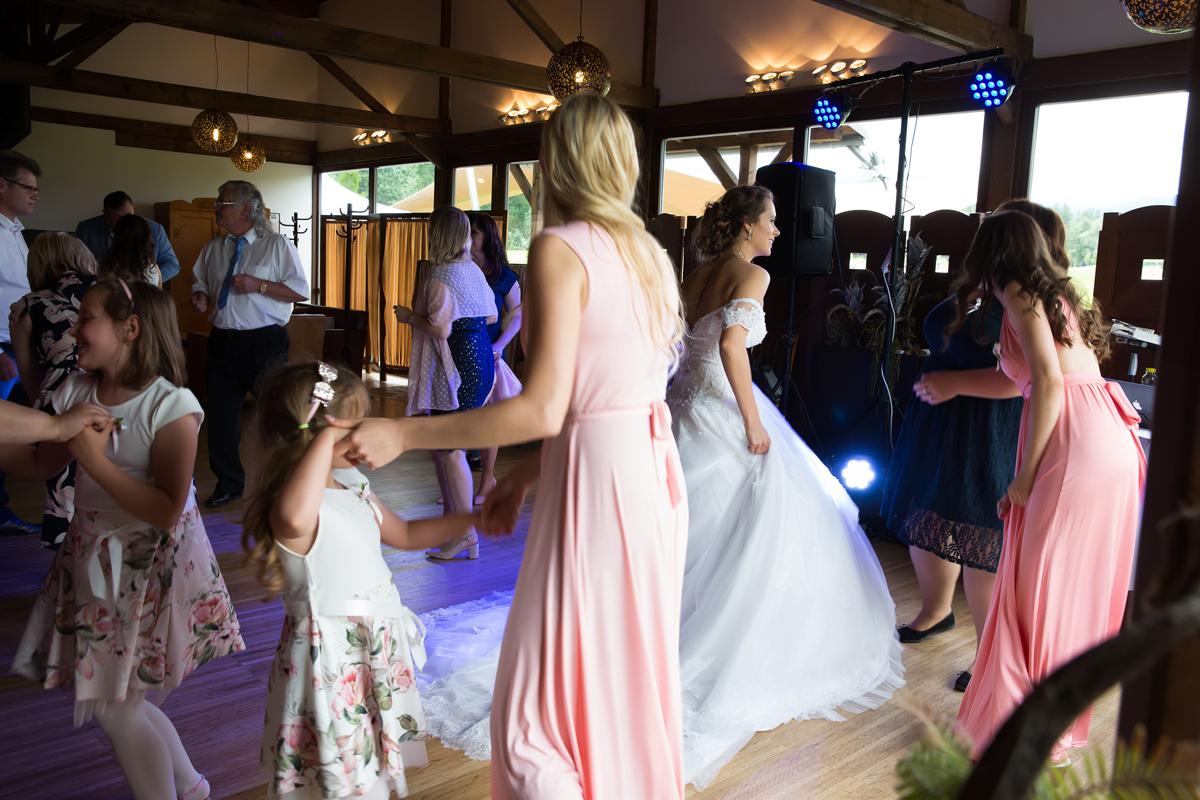 tanecni-zabava-na-svatbe